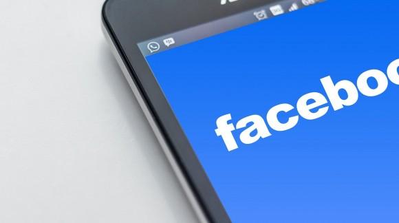 Comment développer sa popularité sur Facebook en achetant des partages pour vos posts ?